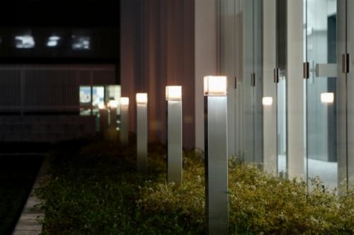 s-10-05-10_LEDポール灯-1