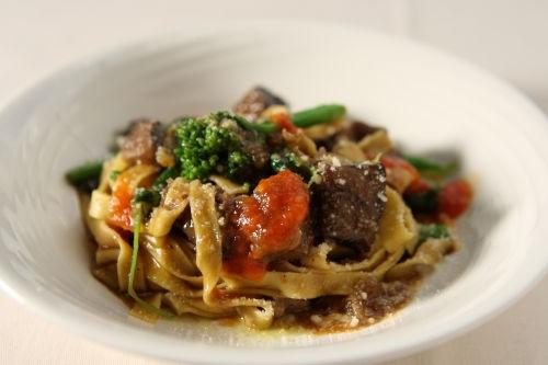 12-02 限定ディナー パスタ 自家製平打ちパスタ タリアテッレ 仔羊肉のやわらか煮込みソースで
