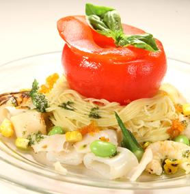 12-02-23 春はトマトまるごとトマトの冷たいパスタ春の野菜と海の幸をたっぷり使って