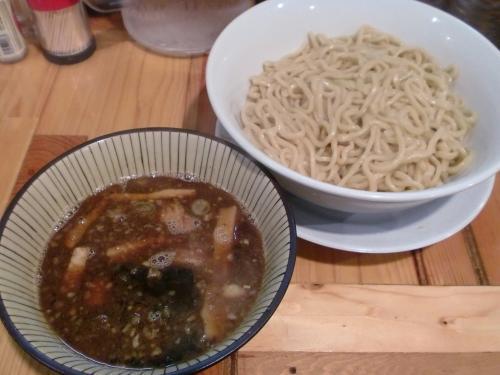 つけ麺・大盛300g(神起)120210_convert_20120210202957