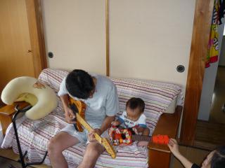 おじいちゃんとギター演奏その2
