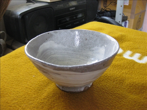 茶碗(白雲釉)手びねり