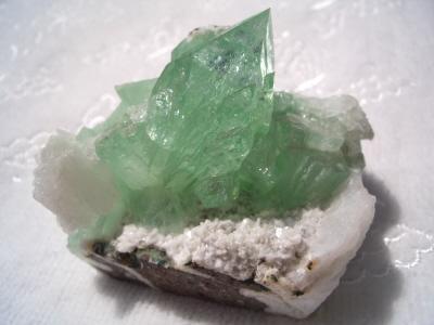 グリーンアポフィライト