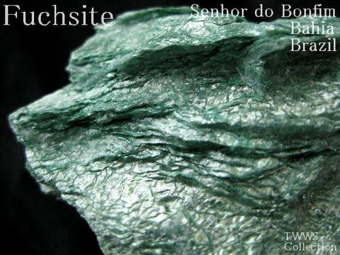 含クロム白雲母_ブラジル1