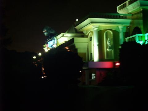 HOTEL Royal ? 夜