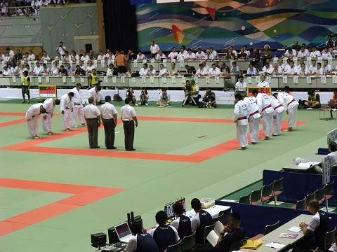 柔道競技 男子団体決勝戦 国士舘 (東京) vs 東海大相模 (神奈川)