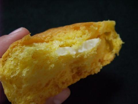 パッションフルーツドーム オキコパン クリーム1