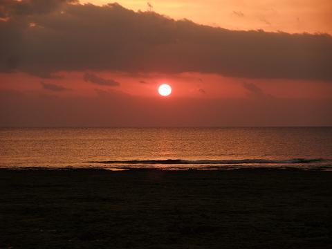 砂辺馬場公園からの夕日