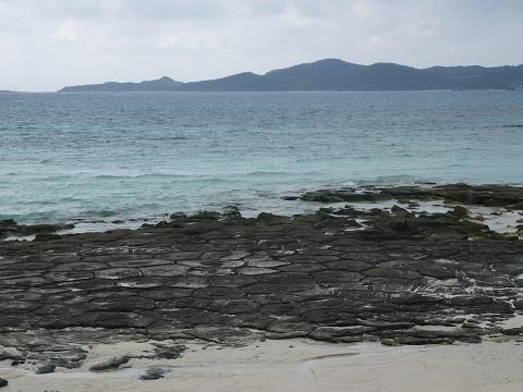 奥武島の畳石 (久米島) 1