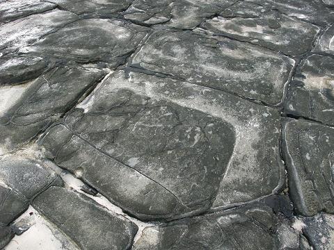 奥武島の畳石 (久米島) 一枚アップ