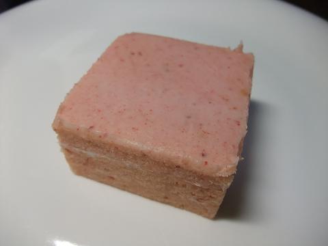 (有)白バラ洋菓子店 パヴェフリーナ Lovers Colleltion - 春・冬季限定 - チョコ&ホワイト いちご