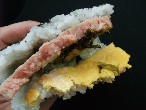 ファミリーマート ポーク玉子高菜マヨ