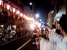 西麻布霞町の盆踊り