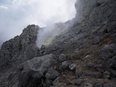 秋の焼岳 024