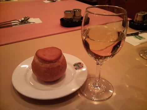 ランチワインとパン