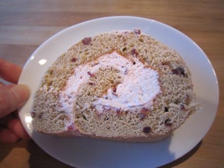 さらに小豆のロールケーキ