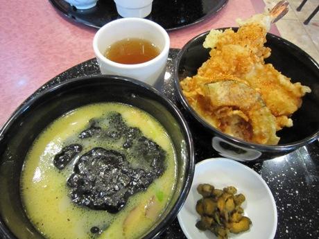 ミニ天丼と平麺のセット