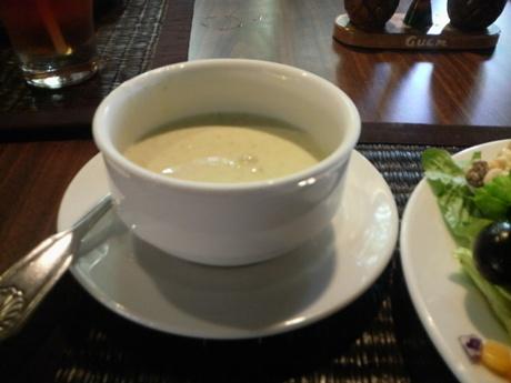 スープもどうぞ