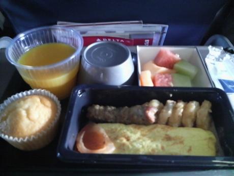 機内食はまあまあ