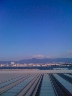 神戸空港。神戸の空の写真