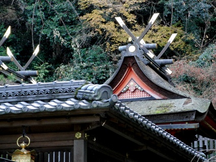 枚岡神社 千木