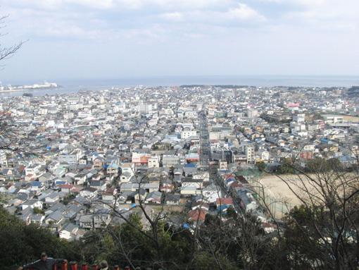 神倉山頂から