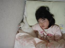 ブログ用しろともな寝る