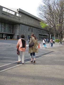 2010 04 11 上野公園にて.jpg