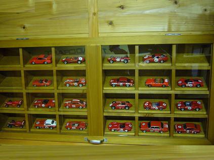 赤いミニカー