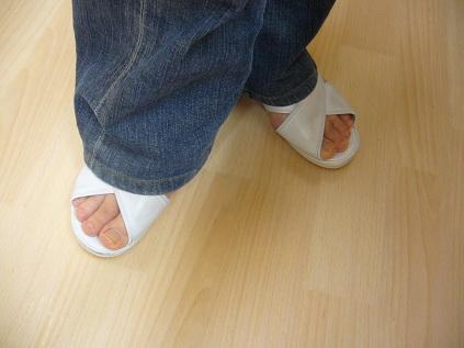 素足の女^^