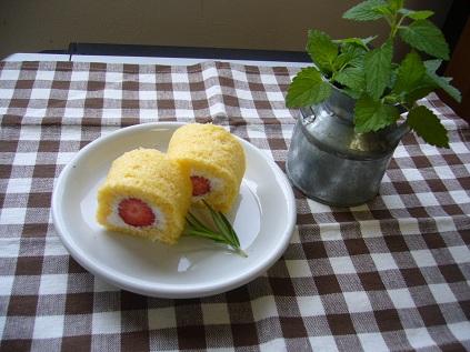 米粉のミニロールケーキ
