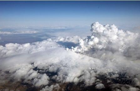 14APR10アイスランド火山1