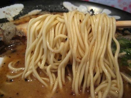 麺はシャッキリ