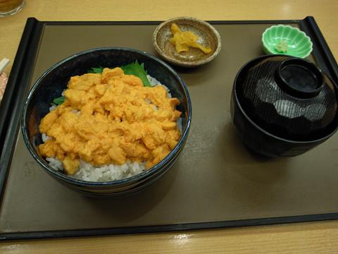 塩蔵ウニ丼