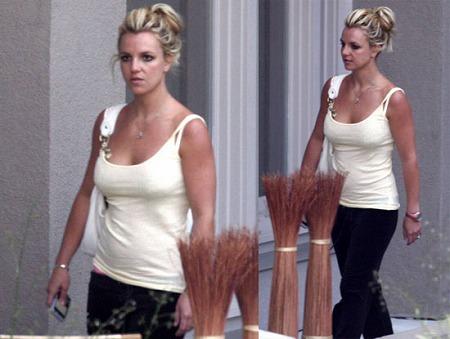 ssss-82708-Britney-Spears.jpg
