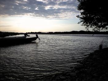 すいとぴあの川辺