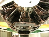 s-800px-Closeup_of_Sakae_engine-cylinder_with_Zero.jpg