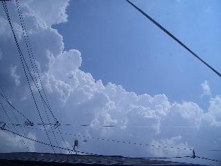 モクモク雲