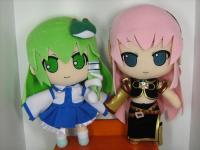 Gift_Nendoro_Sanae_and_Luka.jpg