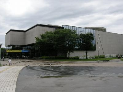 県立美術館
