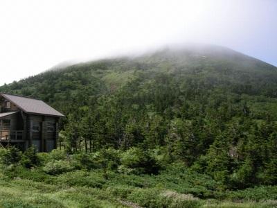 大岳鞍部避難小屋から大岳