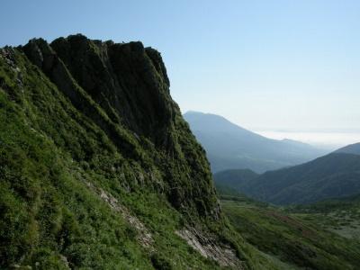 頂上から岩手山