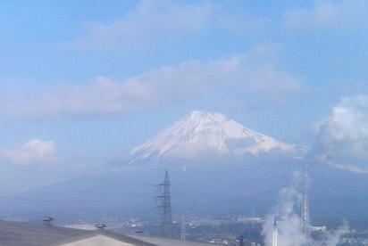 Mt.Fuji07.01.26fromwin.jpg
