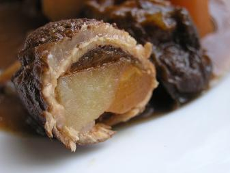 豚肉のプラム煮断面