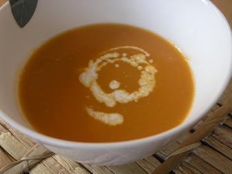 えびのトマトクリームスープ