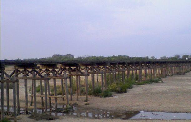 流れ橋01