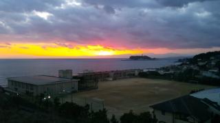 江の島と富士山夕日