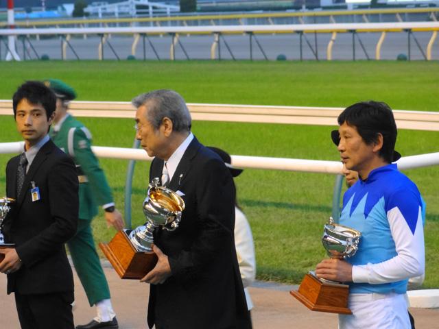 天皇賞秋201130
