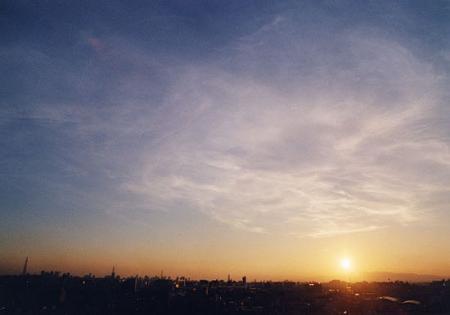 夕焼け空の薄雲