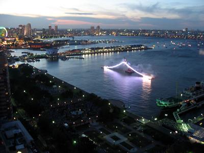 横浜スパークリングトワイライト「横浜港花火ショー」